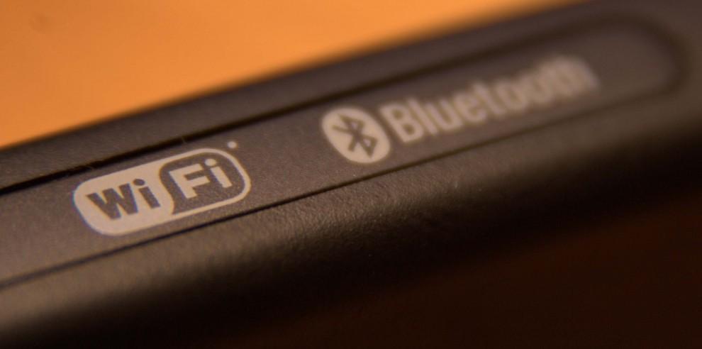 El símbol de wifi, juntament amb el de Bluetooth