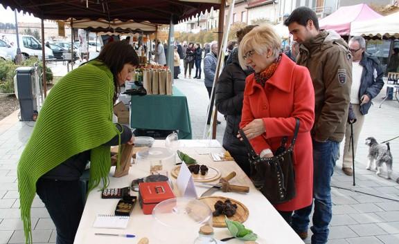 La Fira de la Tòfona del  Berguedà remunta l'últim dia