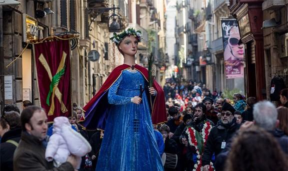 Les Cases de la Festa, emblema de la cultura popular barcelonina
