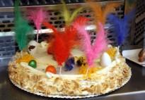 Les pastisseries, a ple rendiment perquè cap fillol no es quedi sense mona