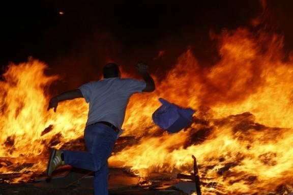 La foguera és un dels elements clau de la celebració de Sant Joan