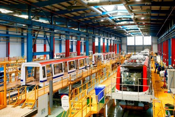 La línia de fabricació de metros de la planta d'Alstom a Santa Perpètua de Mogoda