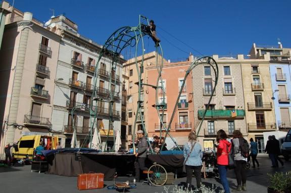 La Fira Mediterrània es fa gran amb més de 1.000 artistes i 112 companyies