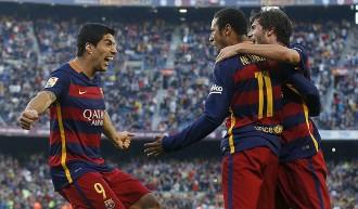 El Barça supera el Vila-real en una gran segona meitat i ja espera el Madrid (3-0)
