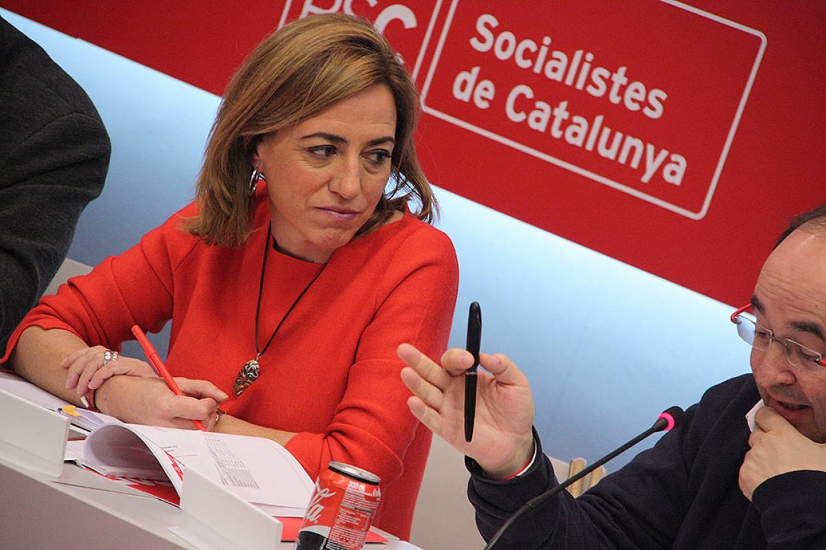 Carme Chacón, al costat de Miquel Iceta a l'executiva del partit en el dia posterior a les eleccions
