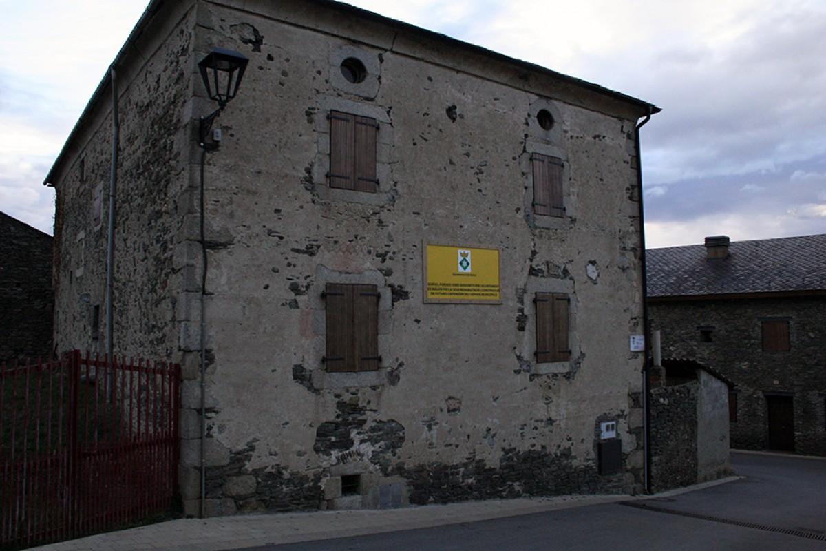 L'immoble de Cal Fanxico serà rehabilitat i acollirà, en breu, les dependències i els serveis de l'Ajuntament de Bolvir.