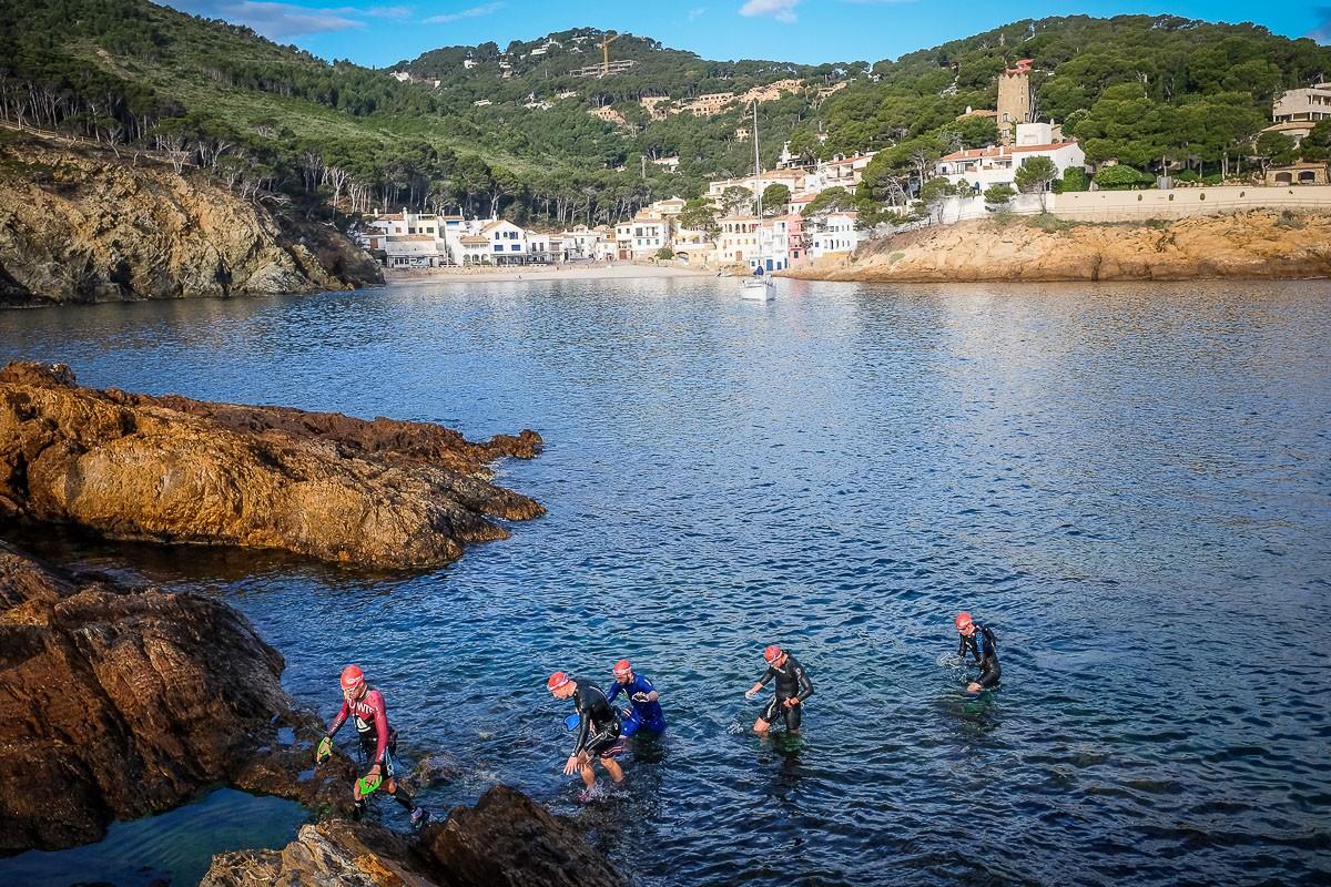 La Swimrun va recórrer els paratges de la Costa Brava