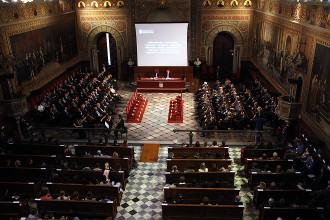 La Covid i la defensa de l'autonomia universitària centren el primer debat de candidats a la UB