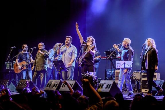Pep Sala celebra quaranta anys als escenaris rodejat d'amics