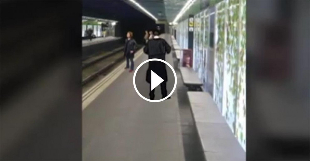 Vídeo de la parella practicant sexe al metro de Barcelona