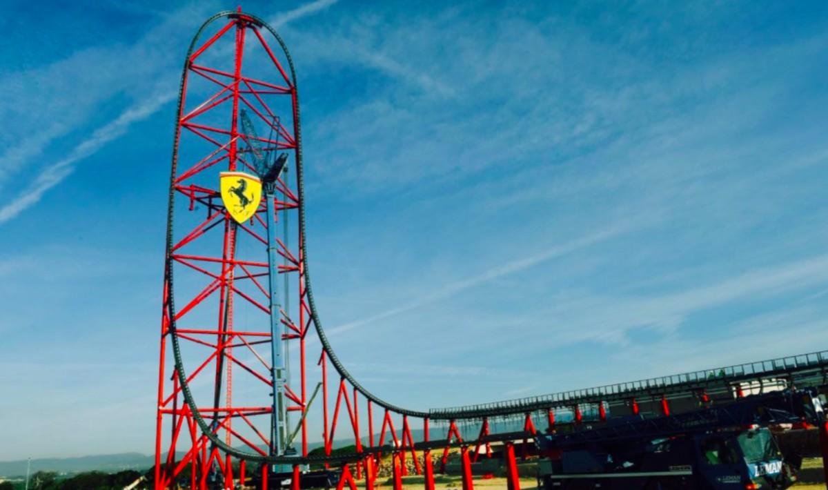 L'accelerador vetical de Ferrari Land