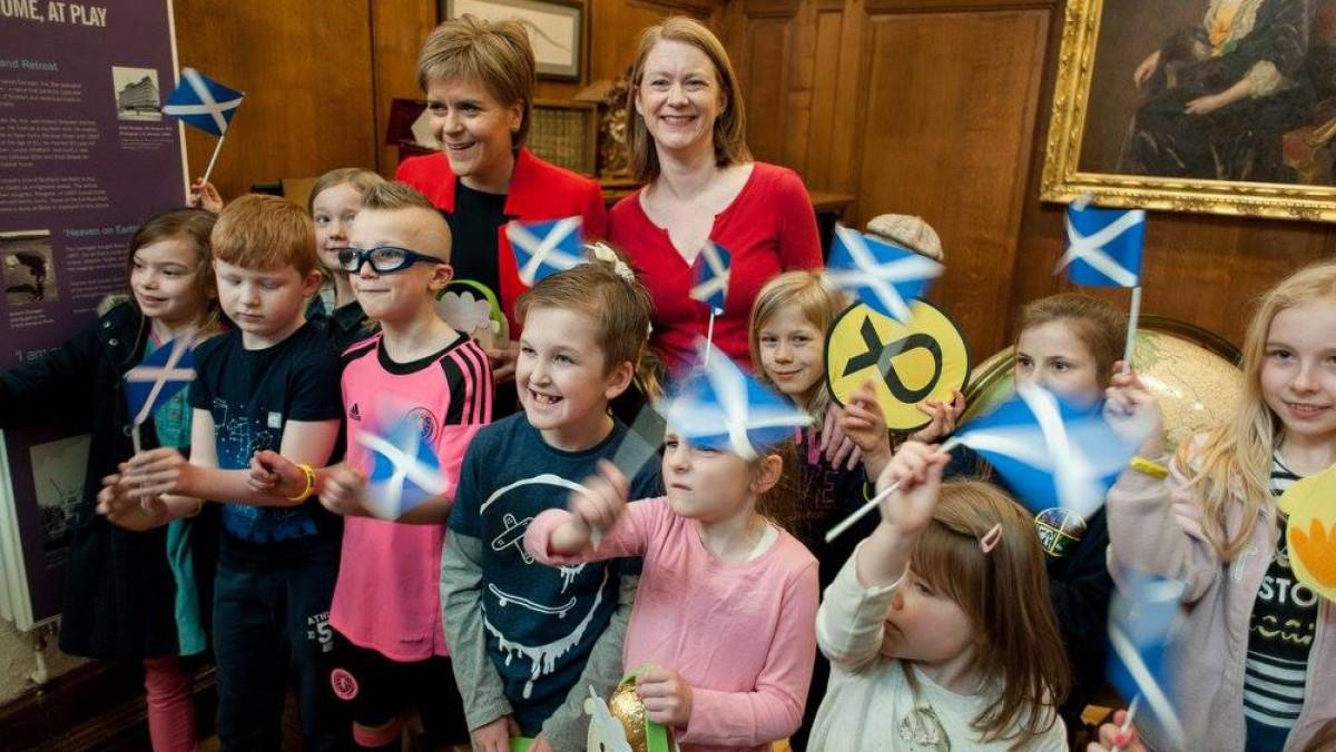Nicola Sturgeon en un acte de campanya