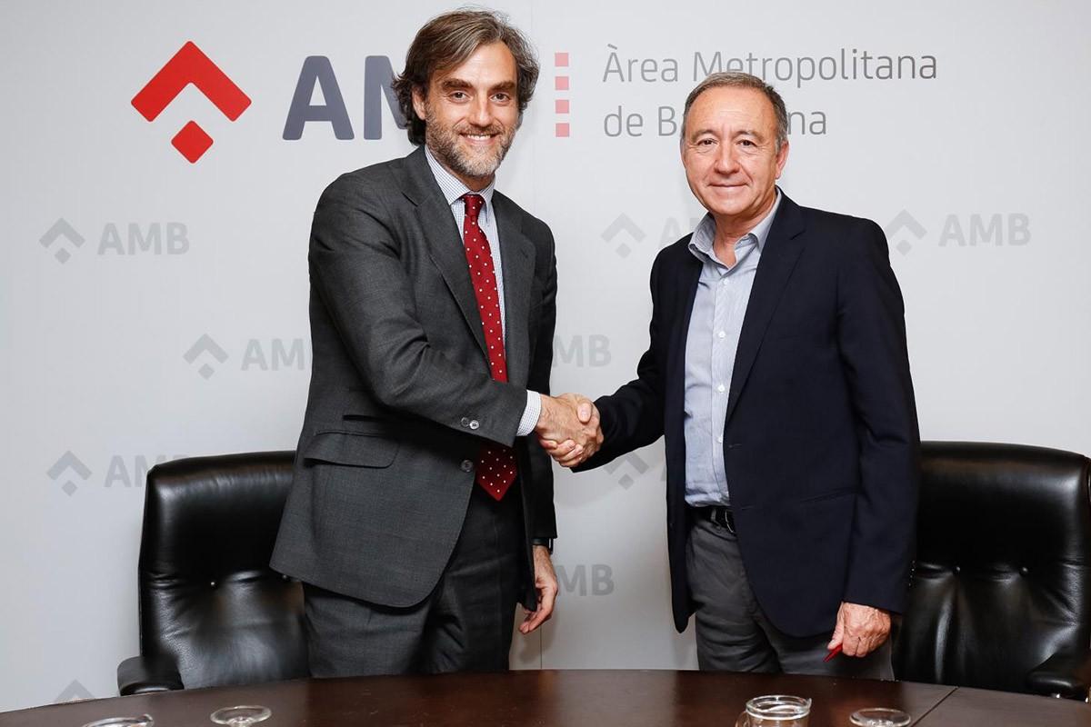 Manuel Burdiel y Antoni Poveda firmants de l'acord entre Nissan i AMB
