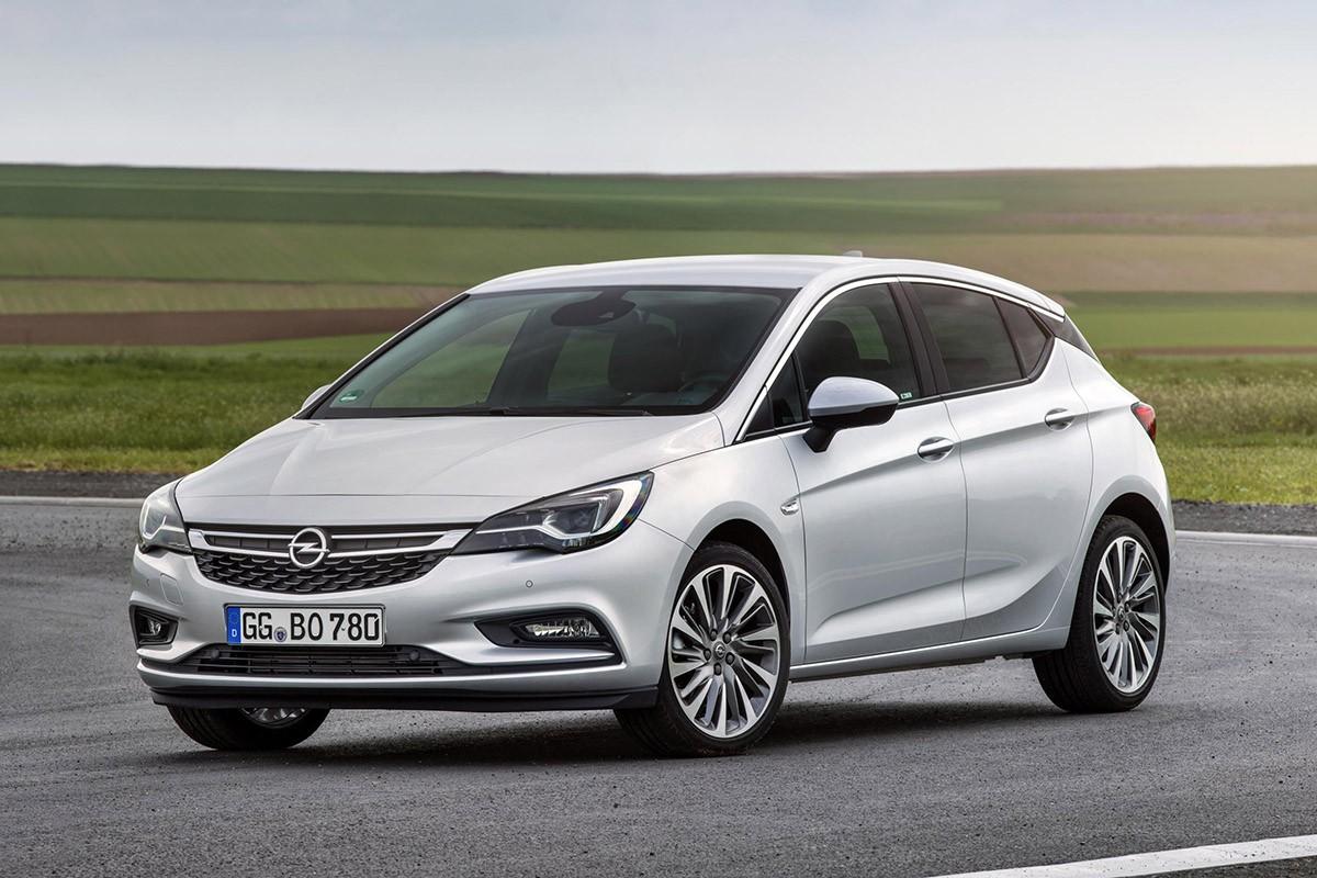 Nou Opel Astra BiTurbo