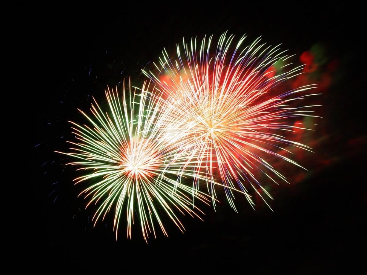 Els focs artificials tanquen la Festa Major