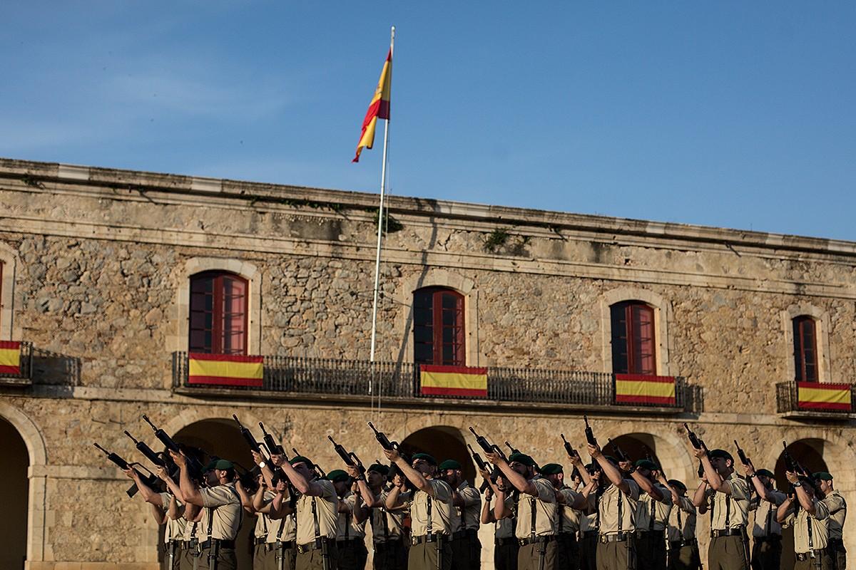 Dia de les Forces Armades a Figueres