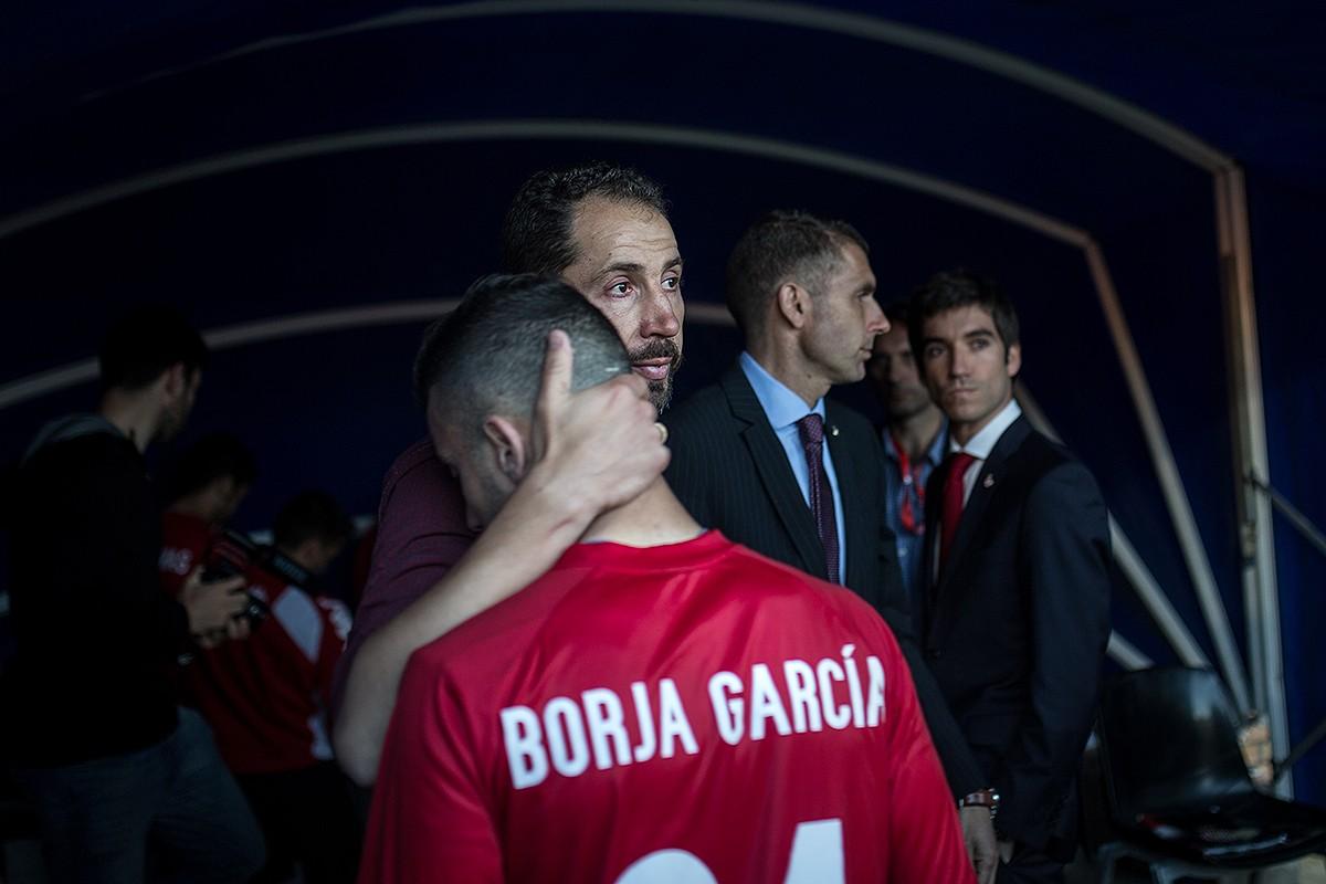 Un moment del partit entre el Girona i l'Osasuna