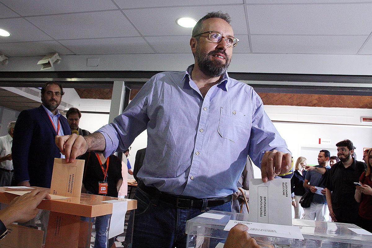 El cap de llista de ciutadans votant