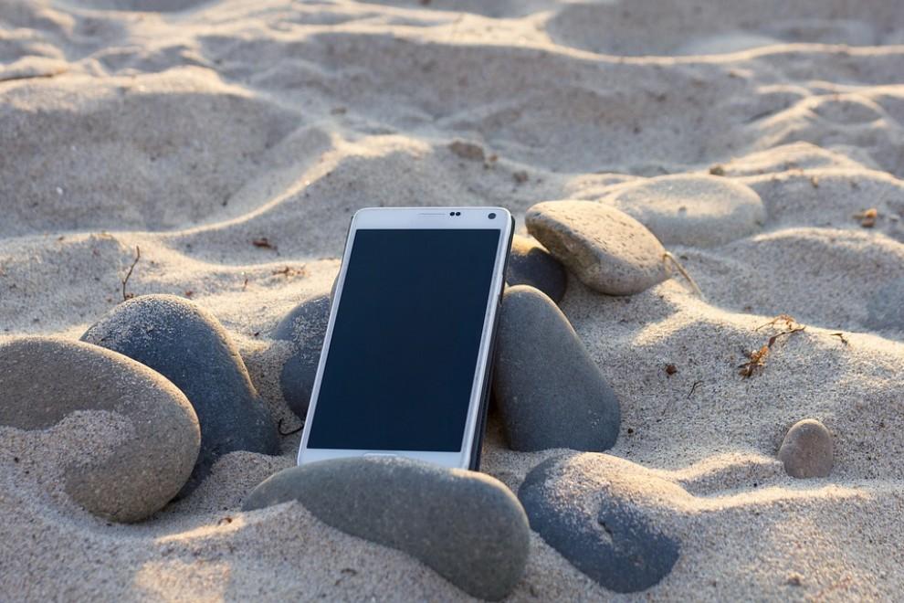 El sol i la sorra poden malmetre el dispositiu