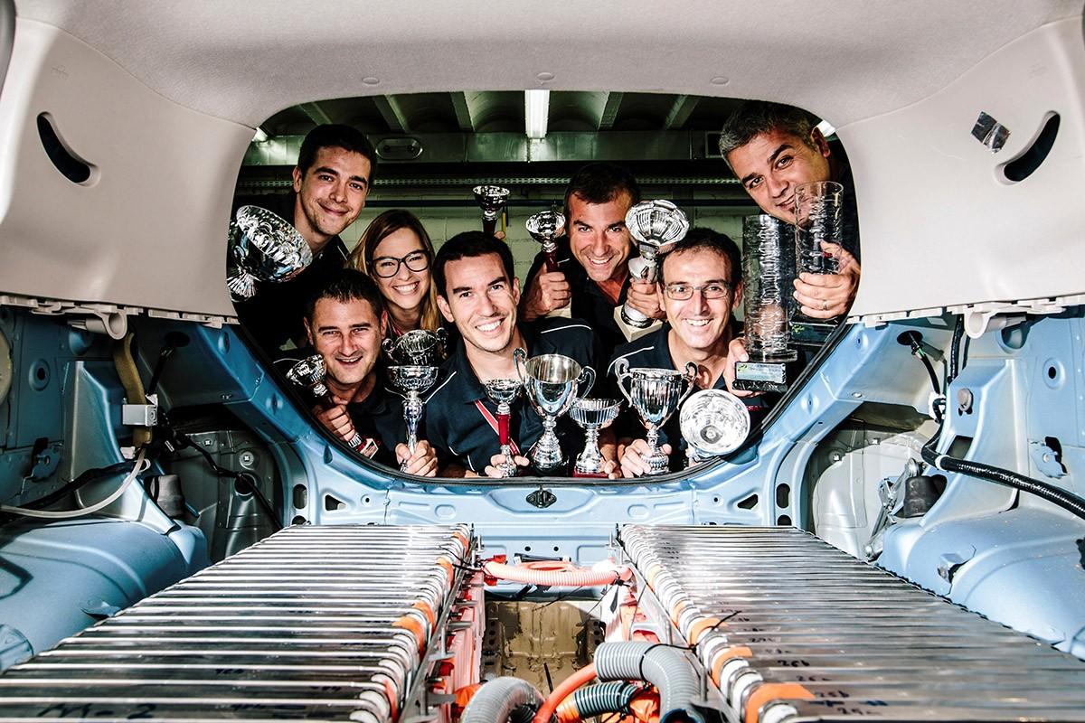 L'equip d'enginyers del Centre Técnic Nissan a Barcelona