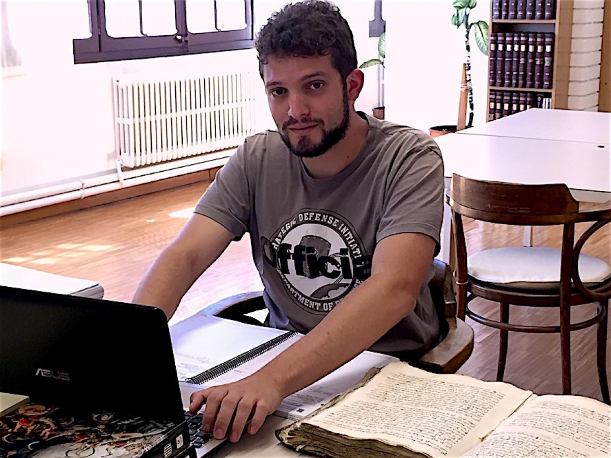 L'historiador local Gerard Cunill, en una foto recent a l'Arxiu Comarcal de la Cerdanya