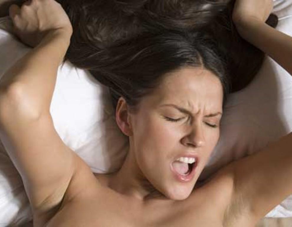 El 80% de les dones arriben a l'èxtasi estimulant-se el clítoris
