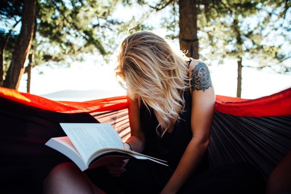 Les persones amb un coeficient intel·lectual alt passen més estona amb els seus pensaments