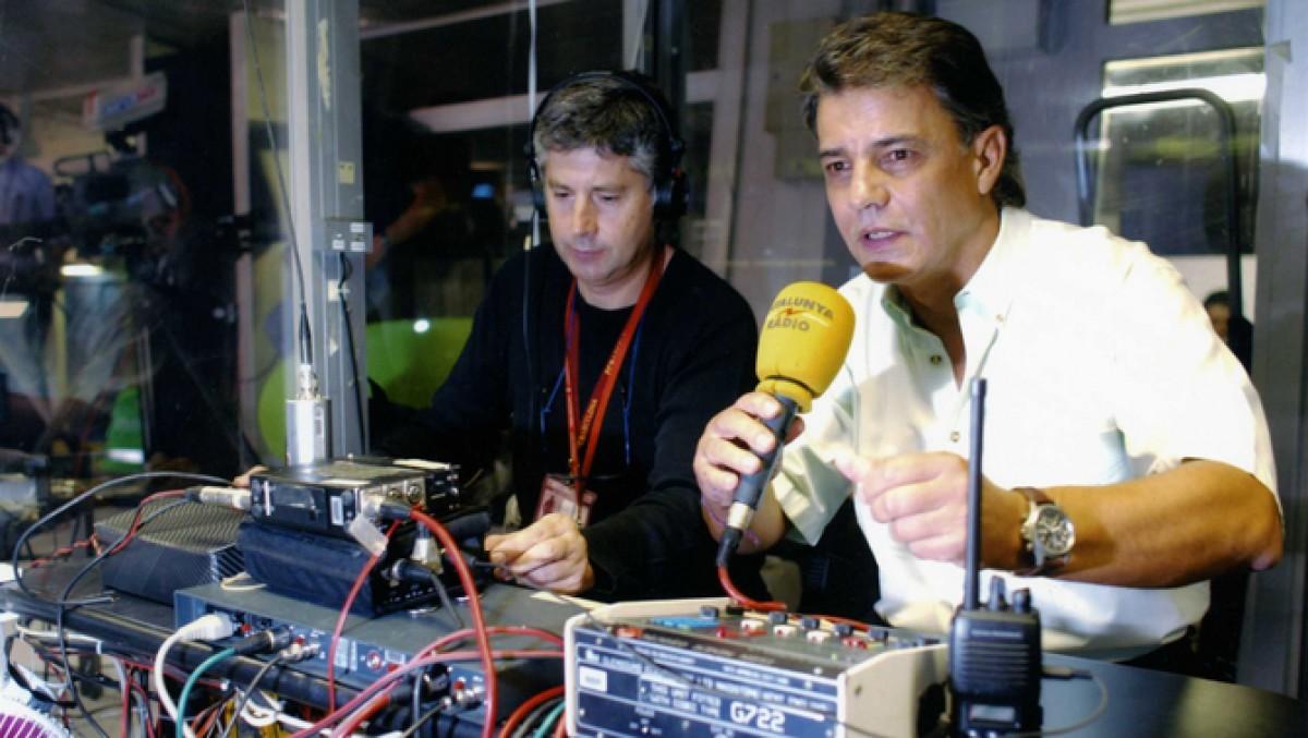 Joaquim Maria Puyal, en plena retransmissió d'un partit del Barça
