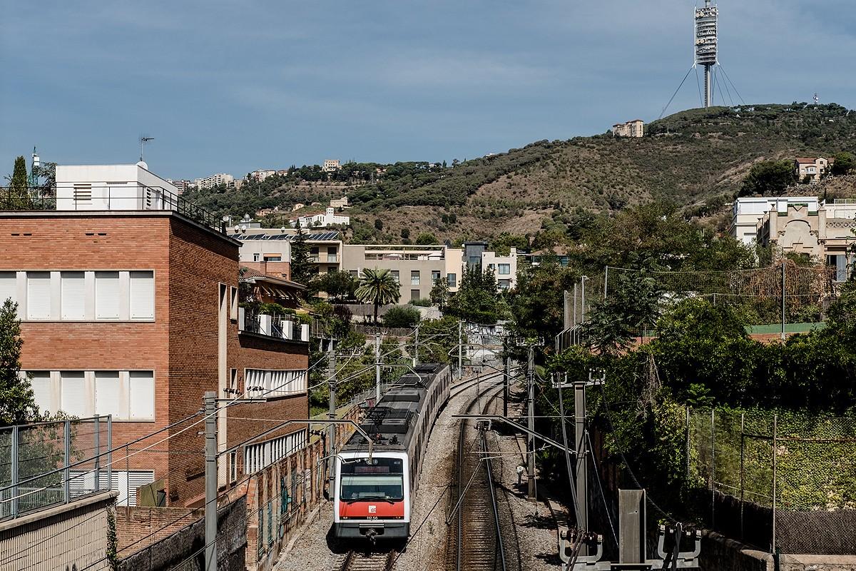 Un comboi de FGC a Sarrià.