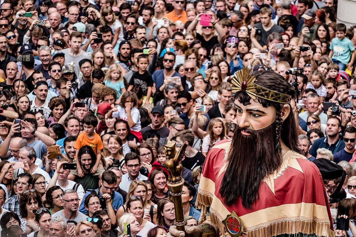 La plaça de Sant Jaume, en festa major