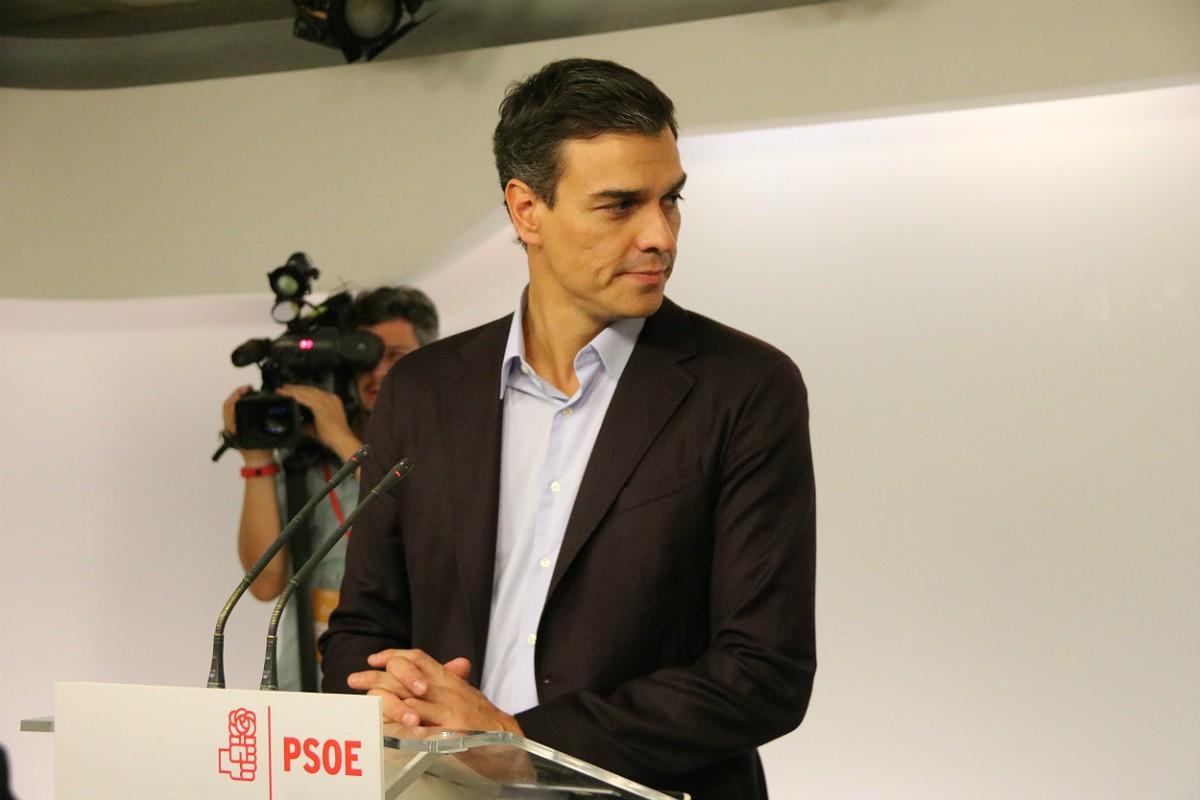 L'exsecretari general del PSOE, Pedro Sánchez, anuncia la seva dimissió