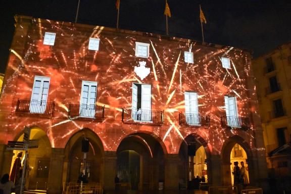 Un «mapping» sobre l'Ajuntament de Manresa projecta la cultura popular de la ciutat