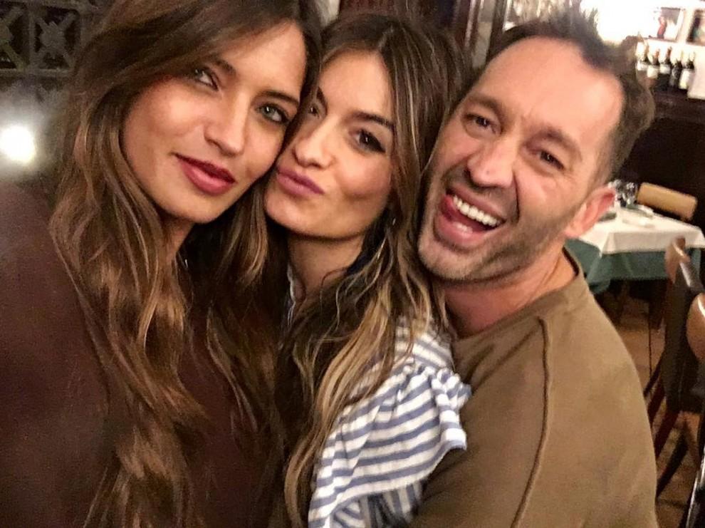 Sara Carbonero amb dos altres presentadors del programa