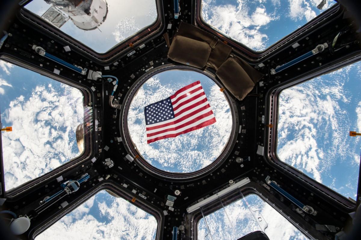 Donald Trump ordena la creació d'una força espacial