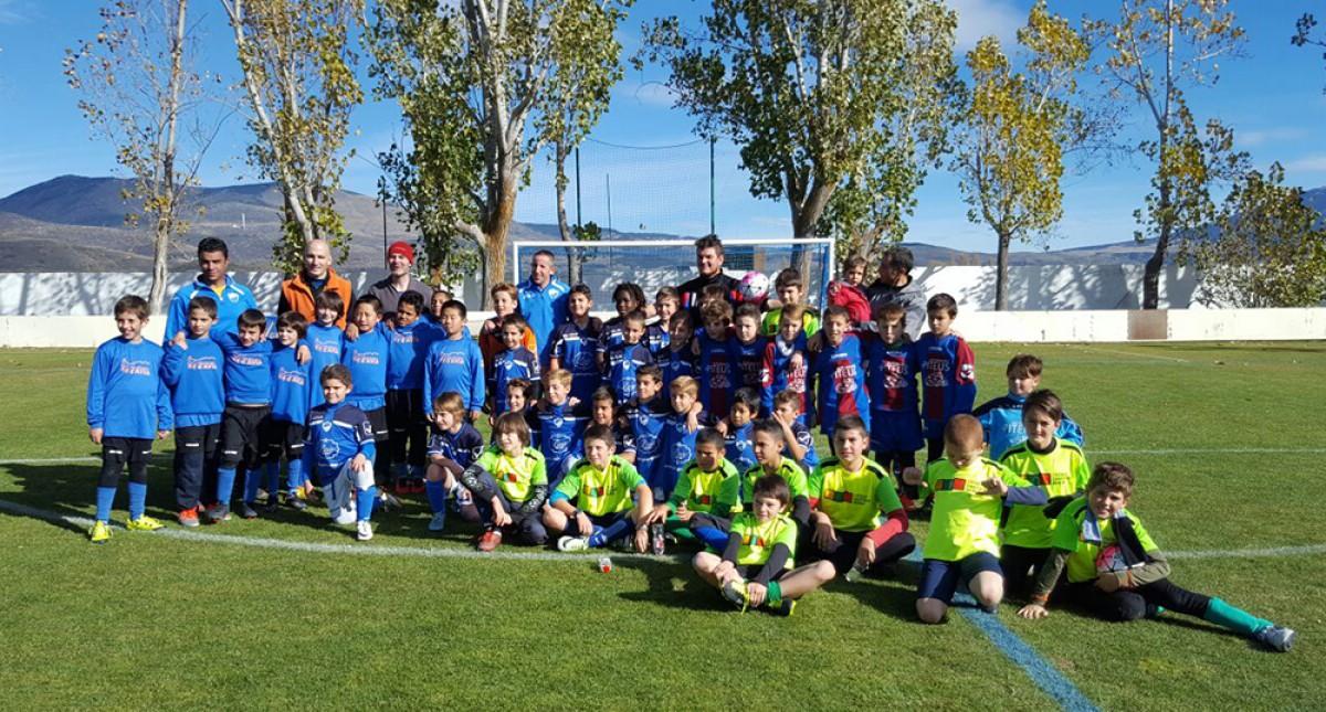 Primera trobada de futbol-7 benjamí del Consell Esportiu del Berguedà.