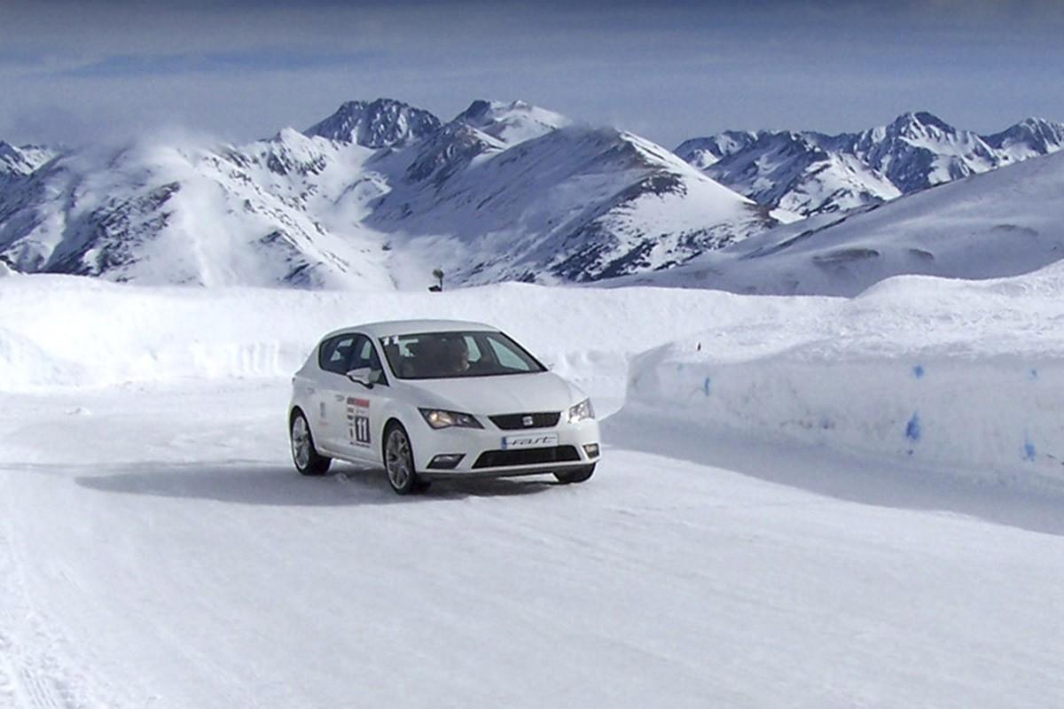 Com conduir sobre neu ? Et donem 5 consells bàsics