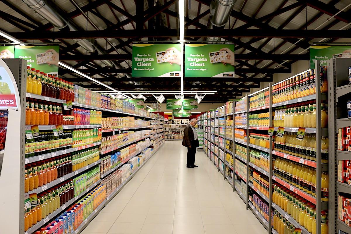 Una imatge d'arxiu del passadís d'un supermercat