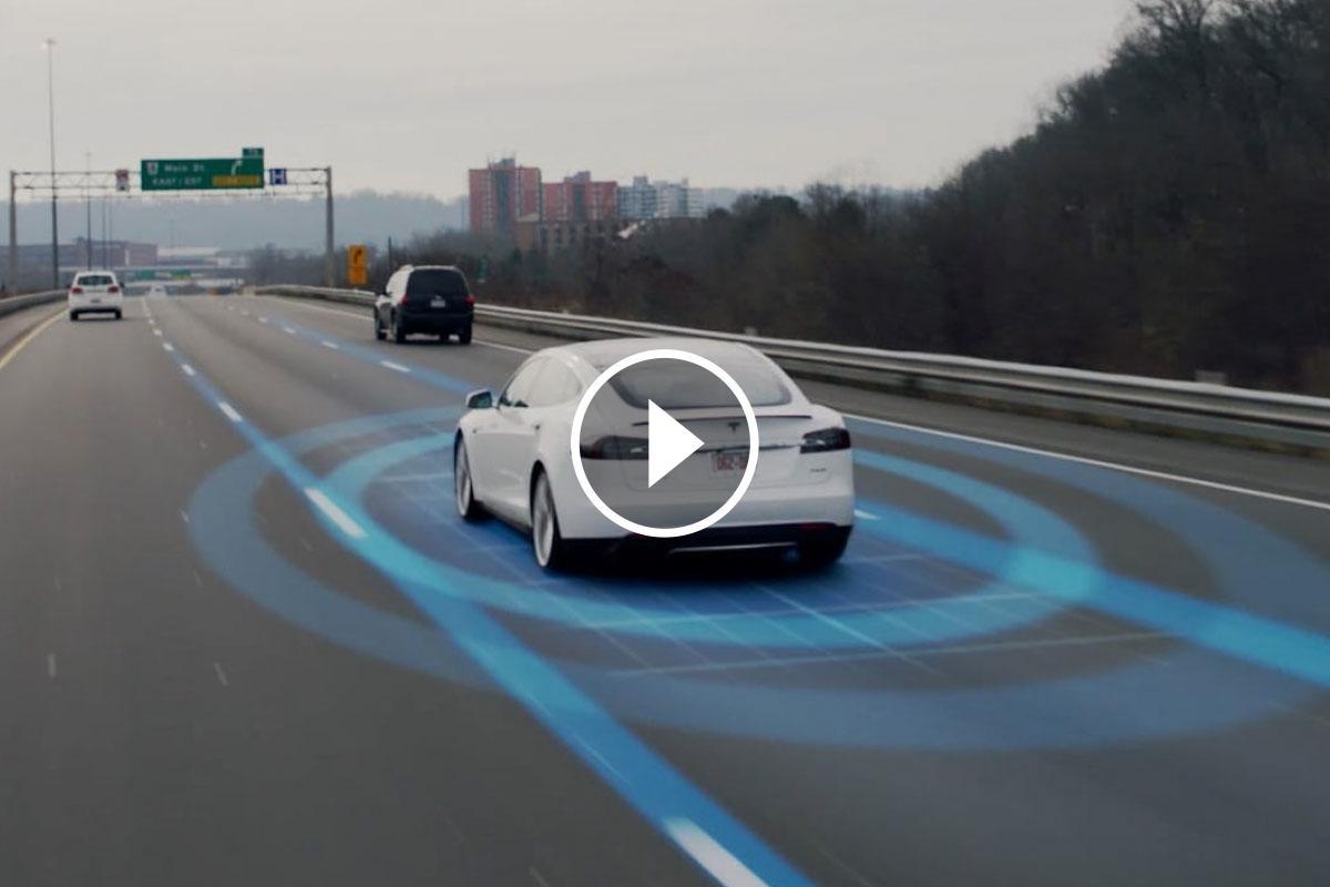 Gràcies als seus sensors, la darrera generació de l'Autopilot de Tesla pot predir un accident