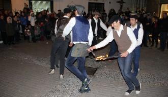 Tremp celebra Sant Antoni Abad al ritme del Contrapàs i el Pau de Ponts