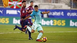 El Barça goleja al camp de l'Eibar però s'hi deixa Sergio Busquets