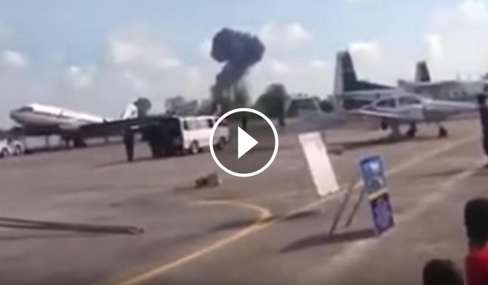 L'avió s'ha accidentat en plena exhibició