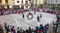 Vés a: FOTOS Arribada multitudinària i espectacular del Carnestoltes de Solsona