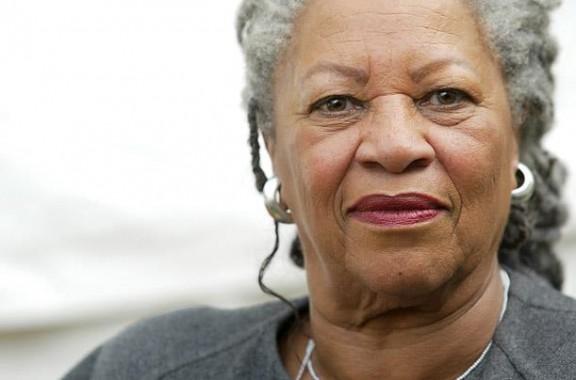 Toni Morrison: «Escric per a la tribu»