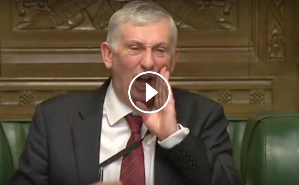Lindsay Hoyle ha renyat amb duresa els diputats del SNP