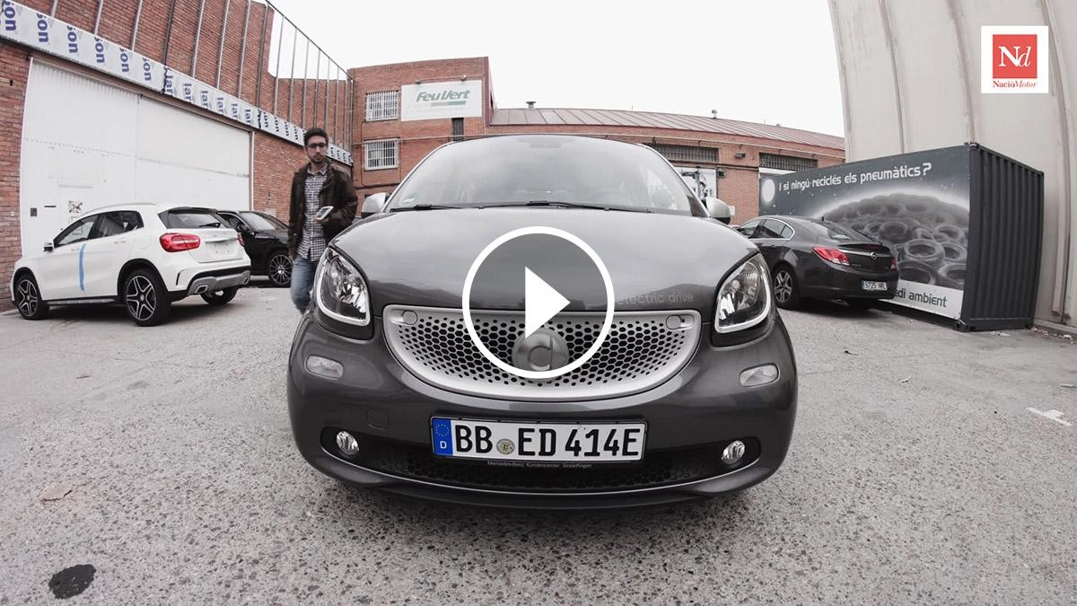 Contacte amb l'Smart Forfour Electric Drive