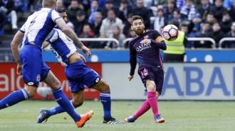 El Barça punxa davant del Depor (2-1) i posa en perill el liderat