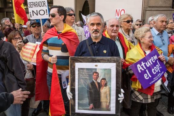 Manifestació de Societat Civil Catalana «Per la democràcia, llibertat i la convivència, aturem el cop»
