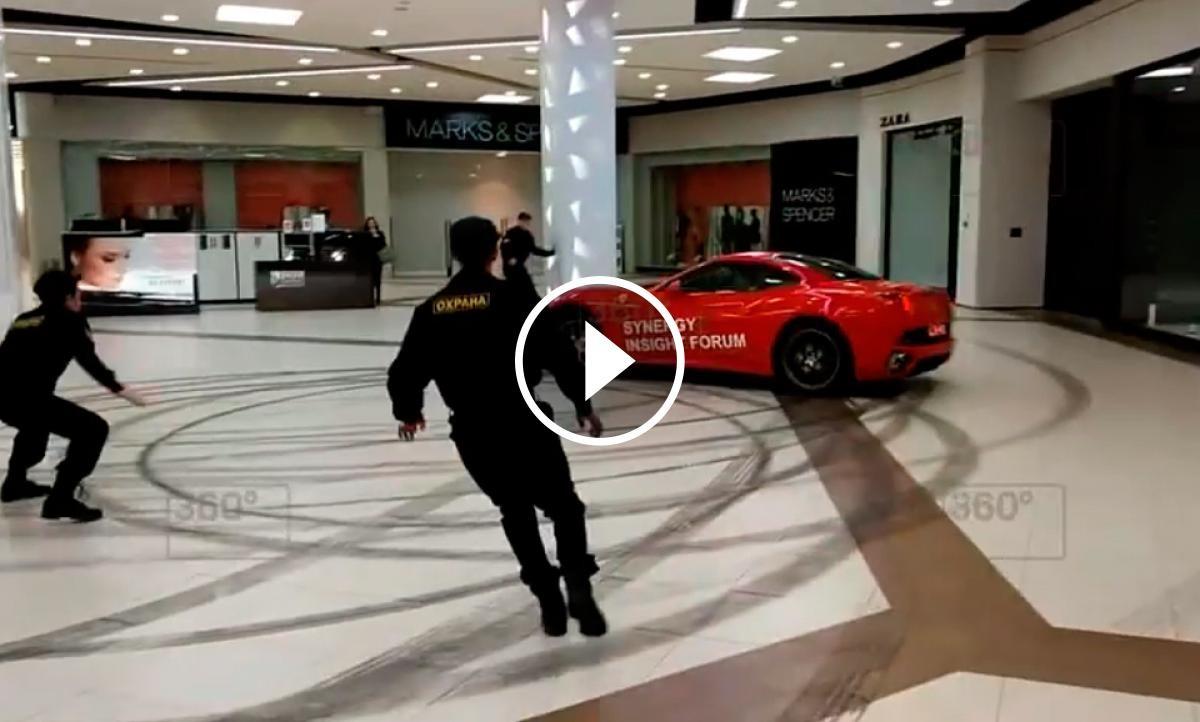 Els agents de seguretat no van poder aturar el magnat