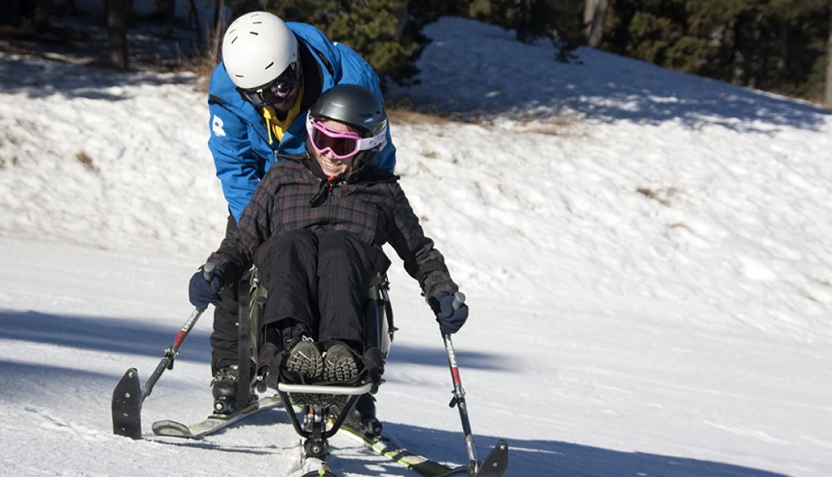 Esport inclusiu a les pistes d'esquí
