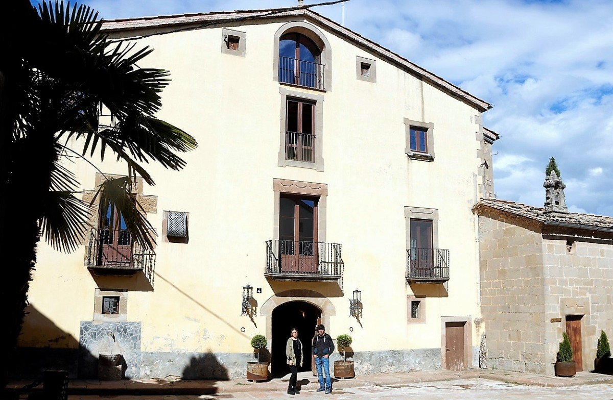 La masia principal de Les Casas de Matamargó, al Solsonès